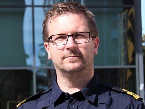 Niklas Rånge är analytiker på polisens brottssamordning i Halland och den som utreder stölderna av Tesla-bilar.