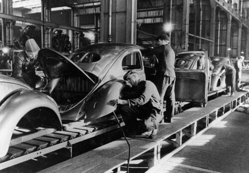 Volkswagen Beetle-produktion 1947.