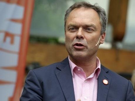 <p>Jan Bj&ouml;rklund, Folkpartiet. </p>