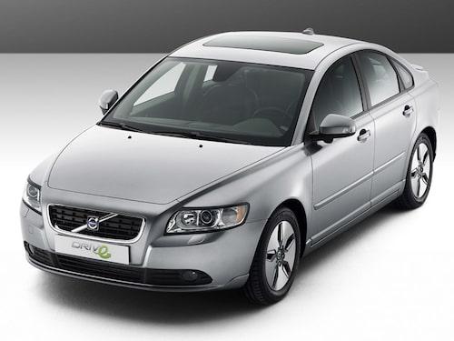 Volvo S40 1,6D DRIVe start/stopp, 109 hk, 240 Nm, 107 gram CO2 per kilometer, 0,40 liter per mil.