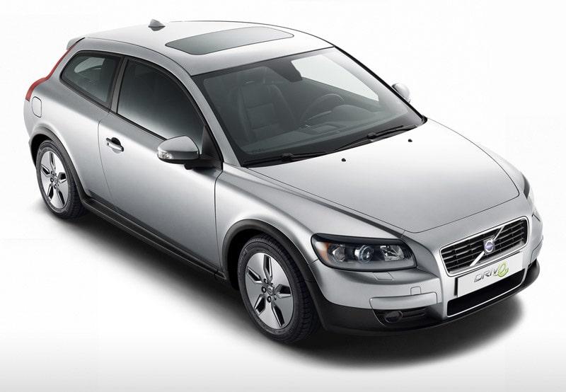 Volvo C30 1,6D DRIVe start/stopp, 109 hk, 240 Nm, 104 gram CO2 per kilometer, 0,39 liter per mil.