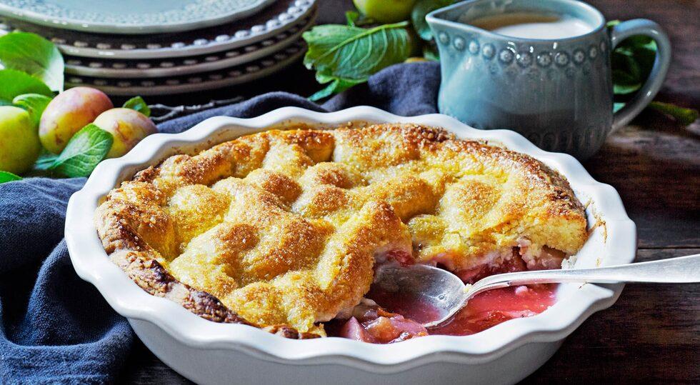 Servera pajen med vaniljglass eller vaniljsås.