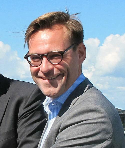 Fredrik Wahrolén, PR- och kommunikationschef Mercedes-Benz Sverige AB