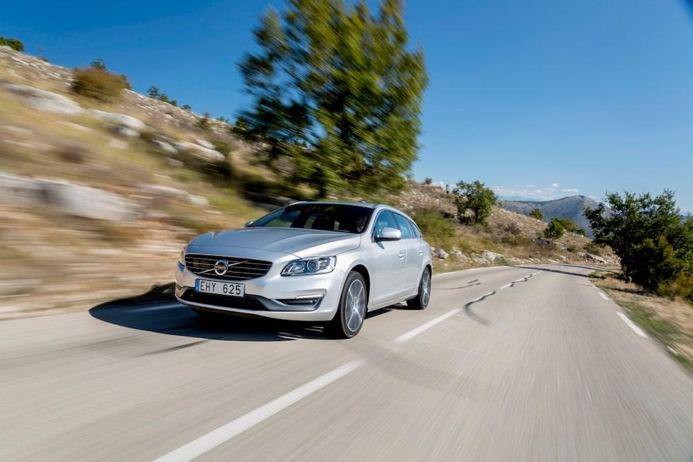 Nya Volvo V60 D4 med nya VEA-motorn gör 0-100 km/h på 7,6 sekunder och drar 0,39 l/mil. Världsklass, Volvo!