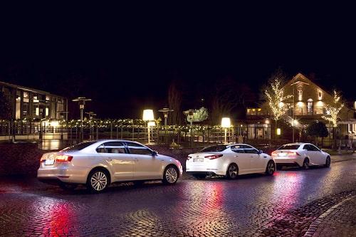Volkswagen Jetta Hybrid, Kia Optima Hybrid och Lexus IS 300h