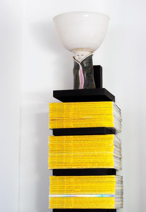 Kandell-hylla som gjord för National Geographic, vasen fick Louise i 30-års-present av sin man.