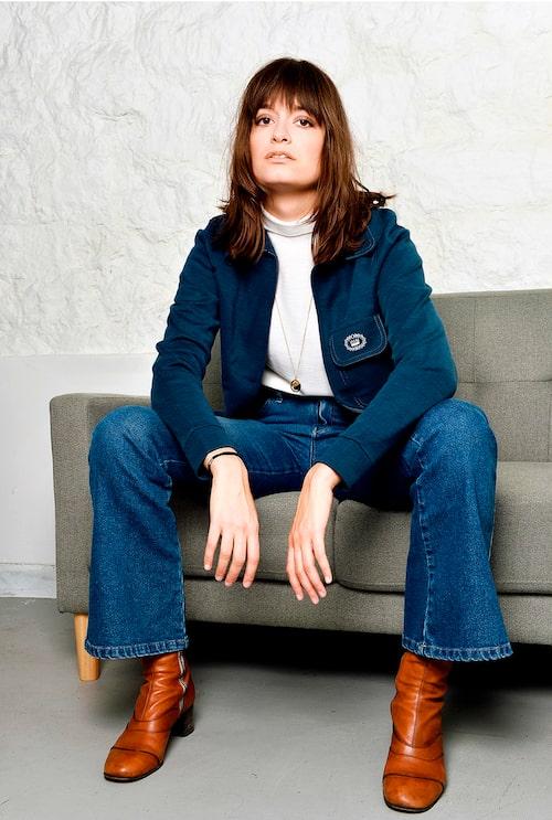 """""""Polotröja från Molli. Jacka, vintage. Jeans från Urban Outfitters. Boots och halsband från Chloé."""""""