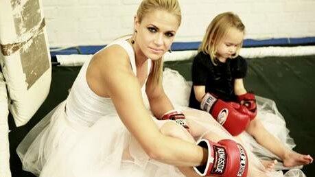 """""""Min ryggskada läkte under graviditeten och det gjorde att jag kunde börja boxas igen."""""""