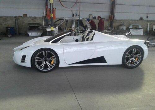 Bromsarna ser grova ut för en bil som toppar 40 alternativt 60 km/h.