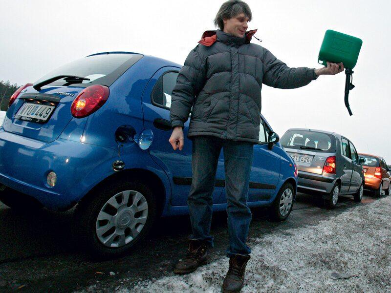 Provkörning av Chevrolet Matiz, Hyundai Atos, Kia Picanto, Toyota Aygo och Volkswagen Fox