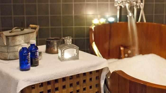 Chokladskrubb, chokladdoftande bad och massage. Ja, tack!