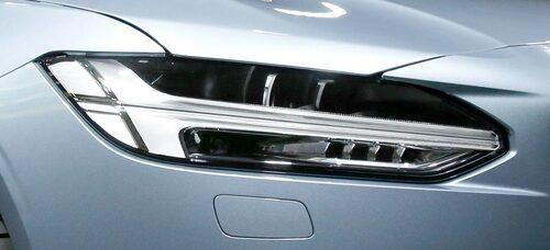 Räkna inte med att få se Tors hammare på V40 facelift.