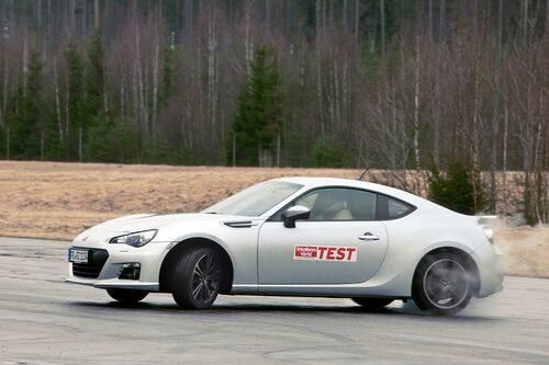 Subaru BRZ (nominerad tillsammans med syskonbilen Toyota GT 86)
