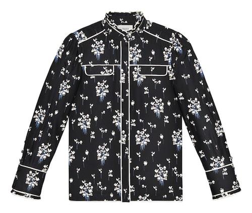 Sidenskjorta, 999 kronor.