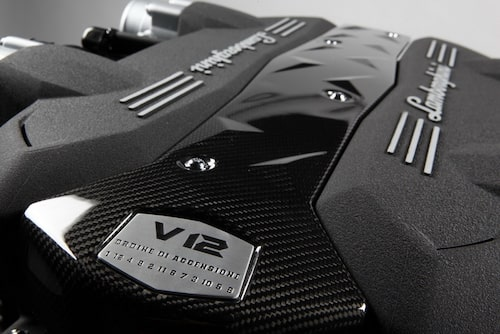 Lamborghini Aventador LP 700-4, nya V12-motorn.