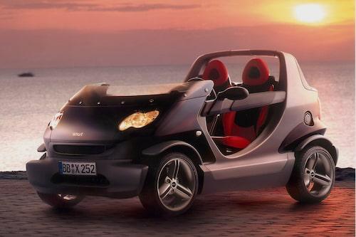 Smart Crossblade (2002-2003). Blott 2 000 exemplar tillverkades av denna udda avskalade version av Smart-cabrioletvarianten. Brabus-trimmad motor på 70 hästkrafter. Kostade löjliga 240 000 kronor i Sverige.
