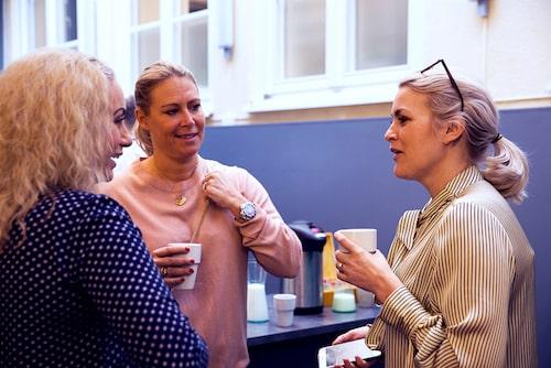 Damernas världs bloggare Susanne Histrup och mamas skönhetsredaktör Frida Fahrman.