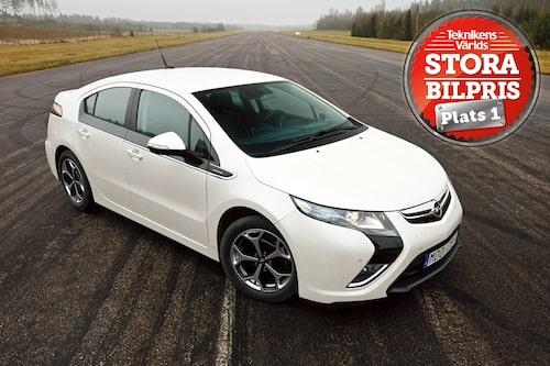 Plats 1: Opel Ampera. Motivering: Det kostar att ligga på topp! Ampera kostar förvisso en slant, men i gengäld erbjuder bilen framtidsteknik redan nu!