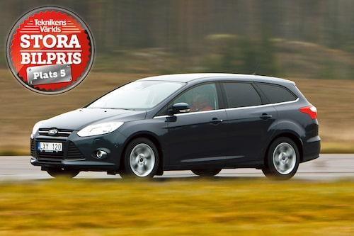 Plats 5: Ford Focus Kombi. Motivering: Ingen behöver mer bil än Ford Focus kombi. Rätt i storlek och laddad med den senaste säkerhetsutrustningen (hämtad från Volvo!).