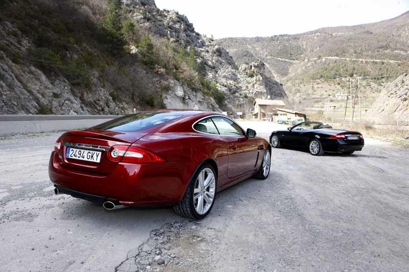 Provkörning av Jaguar XK 5,0 V8