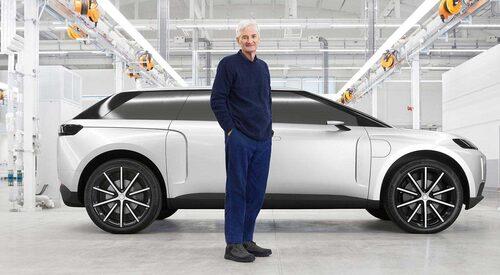 """James Dyson framför elbilen som, med tanke på """"Photoshop-arbetet"""", inte finns som fullskalig prototyp."""