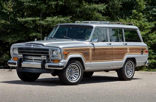 Kultförklarade Jeep Grand Wagoneer, här som årsmodell 1986.