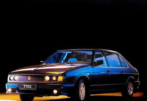 613 utgjorde grunden till modell 700 som blev Tatras sista personbilsmodell och tillverkades mellan 1996 och 1999.