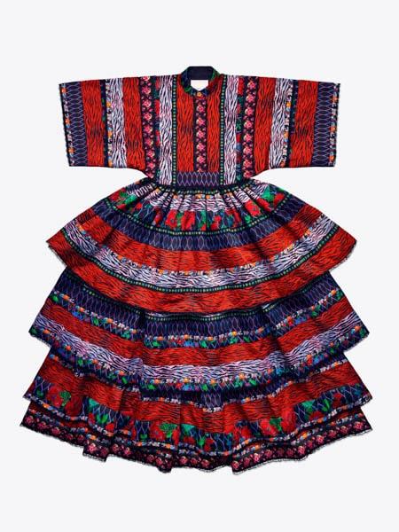 Mönstrad långklänning, 3999 kr