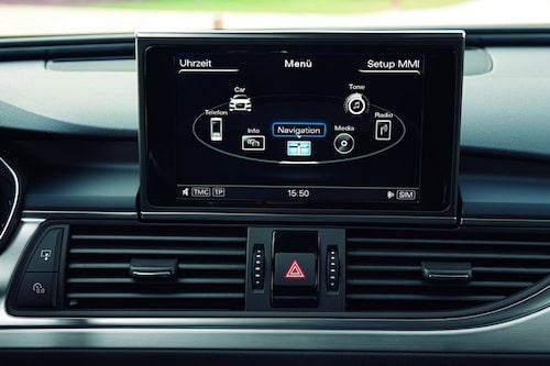 Numera är Audis navigator av popup-slaget.