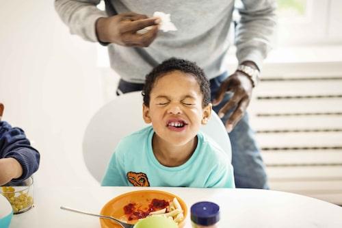 """Många barn uppskattar mat som är """"oblandad"""" (läs: motsatsen till grytor etcetera) och föredrar ofta mat som är vitbeige till färgen. Kanske är det därför pasta ofta är en favorit?"""