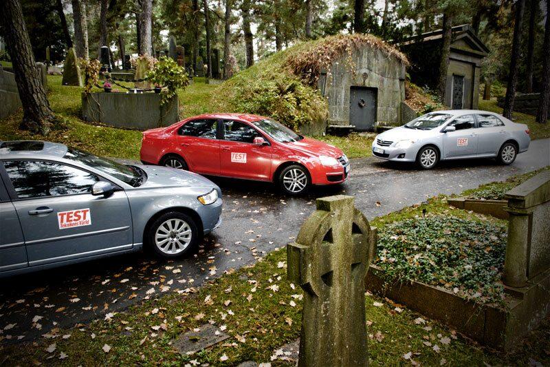 Volvo S40, Volkswagen Jetta och Toyota Corolla.