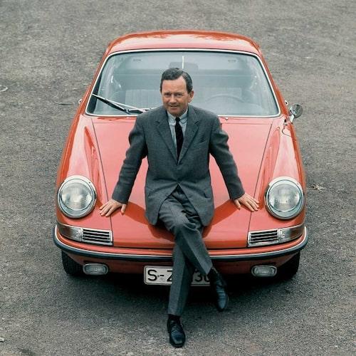 Porsche 911 2,0 Coupé (1968) och 911-modellens skapare Ferry Porsche