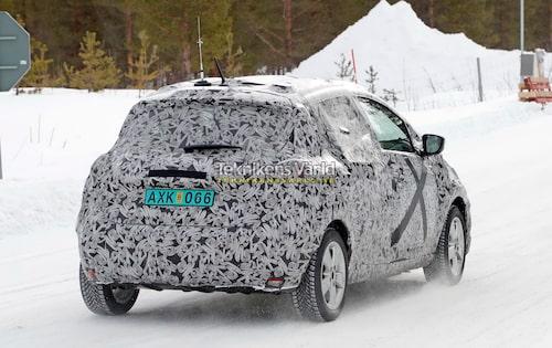 Nya Renault Zoe ska ersätta en snart sju år gammal bil. Dagens Zoe började nämligen tillverkas i slutet av 2012 men har uppdaterats ett antal gånger under årens lopp.