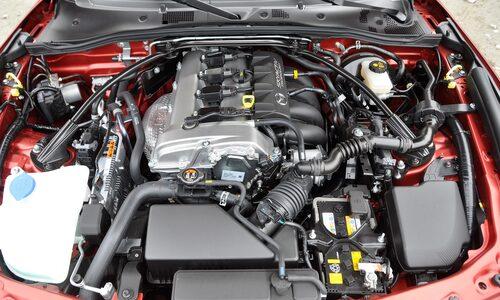 Tvålitersmaskinen har fått 24 extra hästkrafter, totalt 184. Det gör bilen accelerationssnabbare.