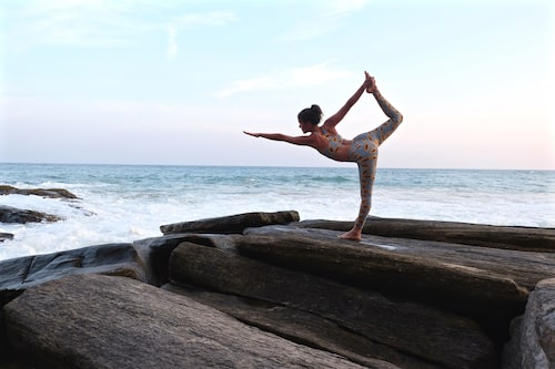 Emma Mattson älskar yoga och resor.