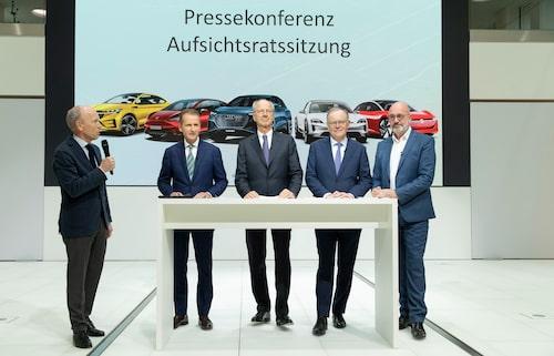 Volkswagen AG:s styrelse i dag efter styrelsemötet.