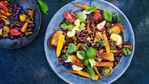 Recept på snabblunch med bönor och kantareller.
