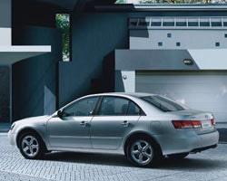 Klara drag av förra generationen Audi A6.
