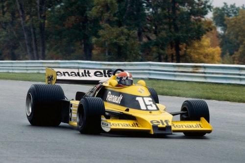 """Renault gjorde sin Formel 1-debut på Silverstone 1977. Turbomatning och en """"halverad"""" cylindervolym på 1,5-liter var i början knappast en driftsäker kombination."""