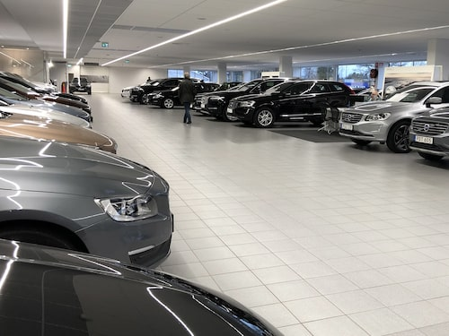 Sveriges begagnatbilsmarknad har klarat sig bättre än ute på övriga kontinenten.