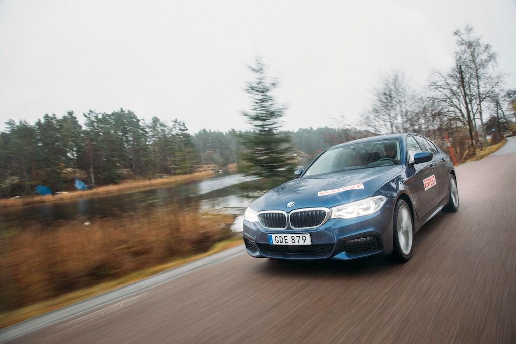 BMW 530e kom år 2017, men då med mindre batteri. 12 kWh-batteriet är nytt för modellår 2020.