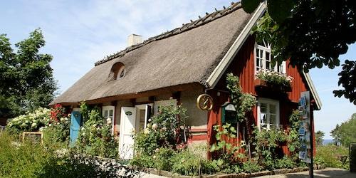 Till Flickorna Lundgren i Skäret hittar de flesta fikasugna besökarna.