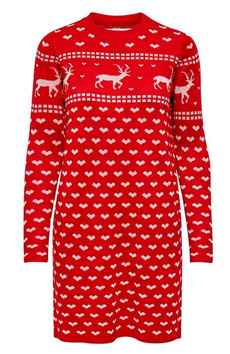 Lång stickad tröja med fint julmotiv.