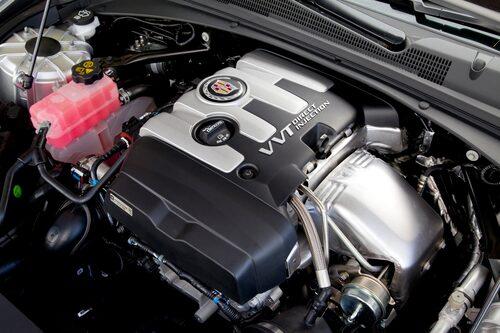 Ett enda motoralternativ räcker inte om Cadillac vill konkurrera på allvar.