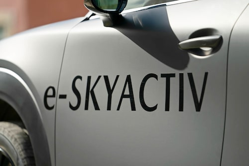 Skyactiv-G för bensin, Skyactiv-D för diesel och nu e-Skyactiv för el.