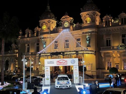 PeO träffade en rad WRC-celebriteter i samband med Volkswagen Polo R WRC-premiären utan för Casino Monte Carlo.