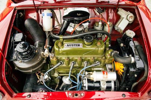 Det byggdes, av förklarliga skäl, aldrig någon Cooper-version med pickupkarossen. Den större 1000-motorn fanns dock.