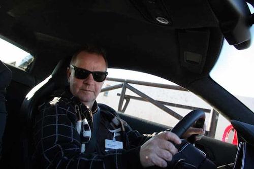 PeO Kjellström redo för sin första provtur i Audi R8 V10- Tuff kille i tuff bil...
