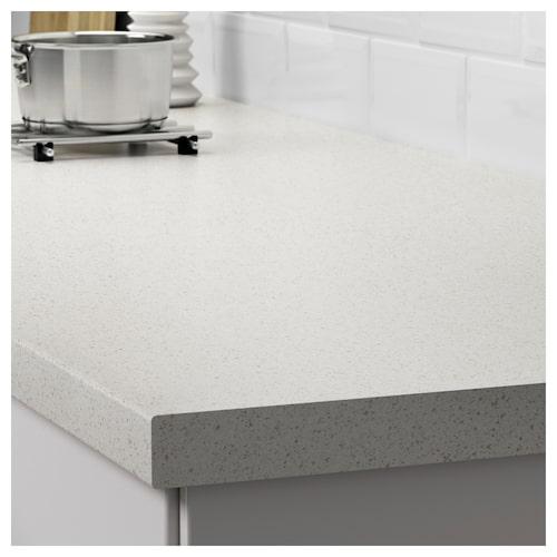 Letar du efter en billig bänkskiva? Då är laminat för dig. Bild: Ikea