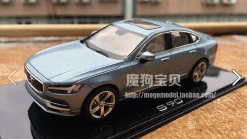 I slutet av augusti halkade nya S90 ut på nätet i form av en modellbil.